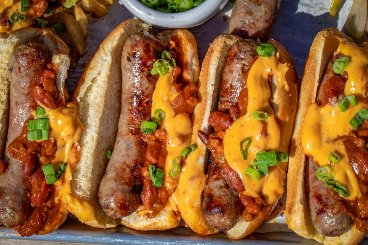 Grilled Chili Bratwurst with Nacho Cheese – Louisiana Grills