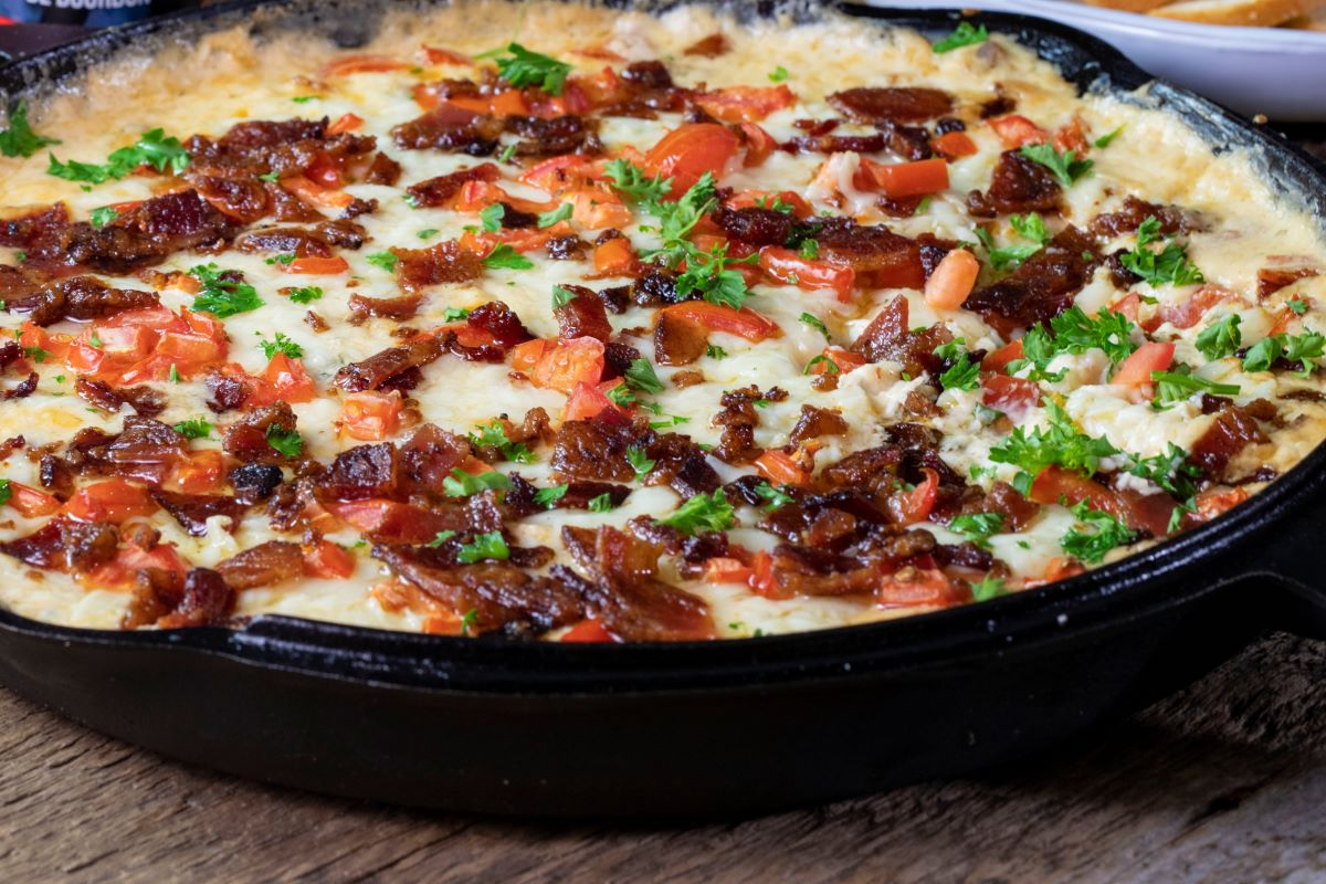 Kentucky Hot Brown Skillet Dip